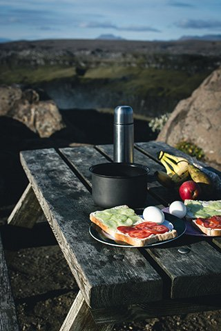 foodiesfeed.com_nature-camping2